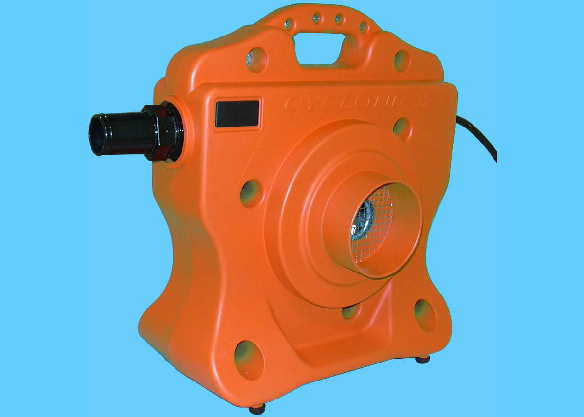 Cyclone Winterizing Blower And Liner Vac Halogen Supply
